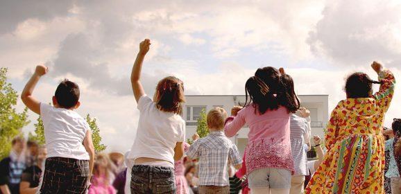 """Weltkindertag 2018 """"Kindern eine Stimme geben"""" – Großes Fest im Wohnpark Bensberg in Kooperation mit der IBH"""