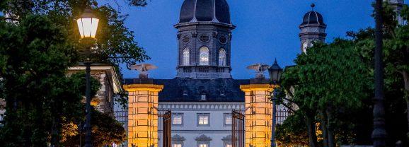 Krimi im Schloss – Mord mit Nebenwirkungen von Bernhard Hatterscheidt am 14. April