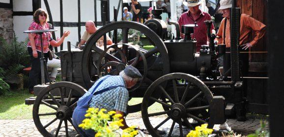 """Familien-Aktionstag """"Allerlei PS"""" im Bergischen Museum findet erstmals im Rahmen der Bensberger Autoshow statt"""
