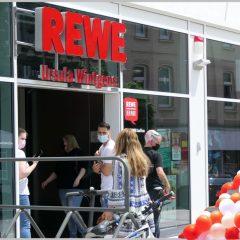 """1 Jahr Rewe """"Schlosslädchen"""" in Bensberg"""